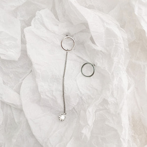 CIRCLE CB CHAIN EARRING
