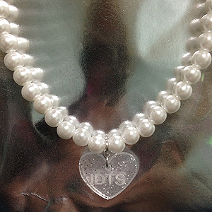 IDTS PEARL NECKLACE